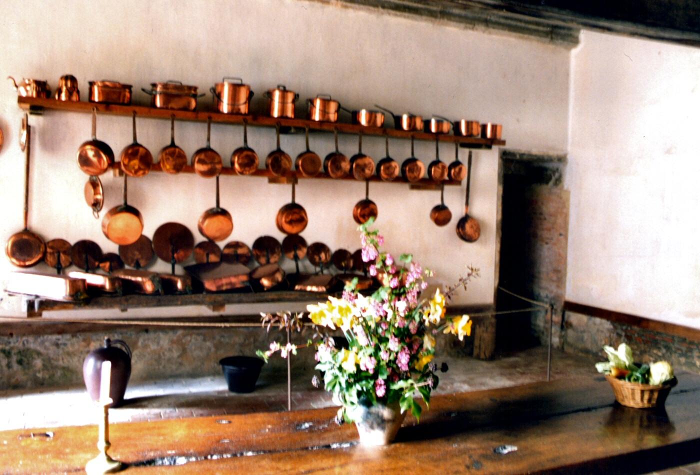 Photographie de la cuisine du ch teau de carrouge for Cuisine 8000 euros