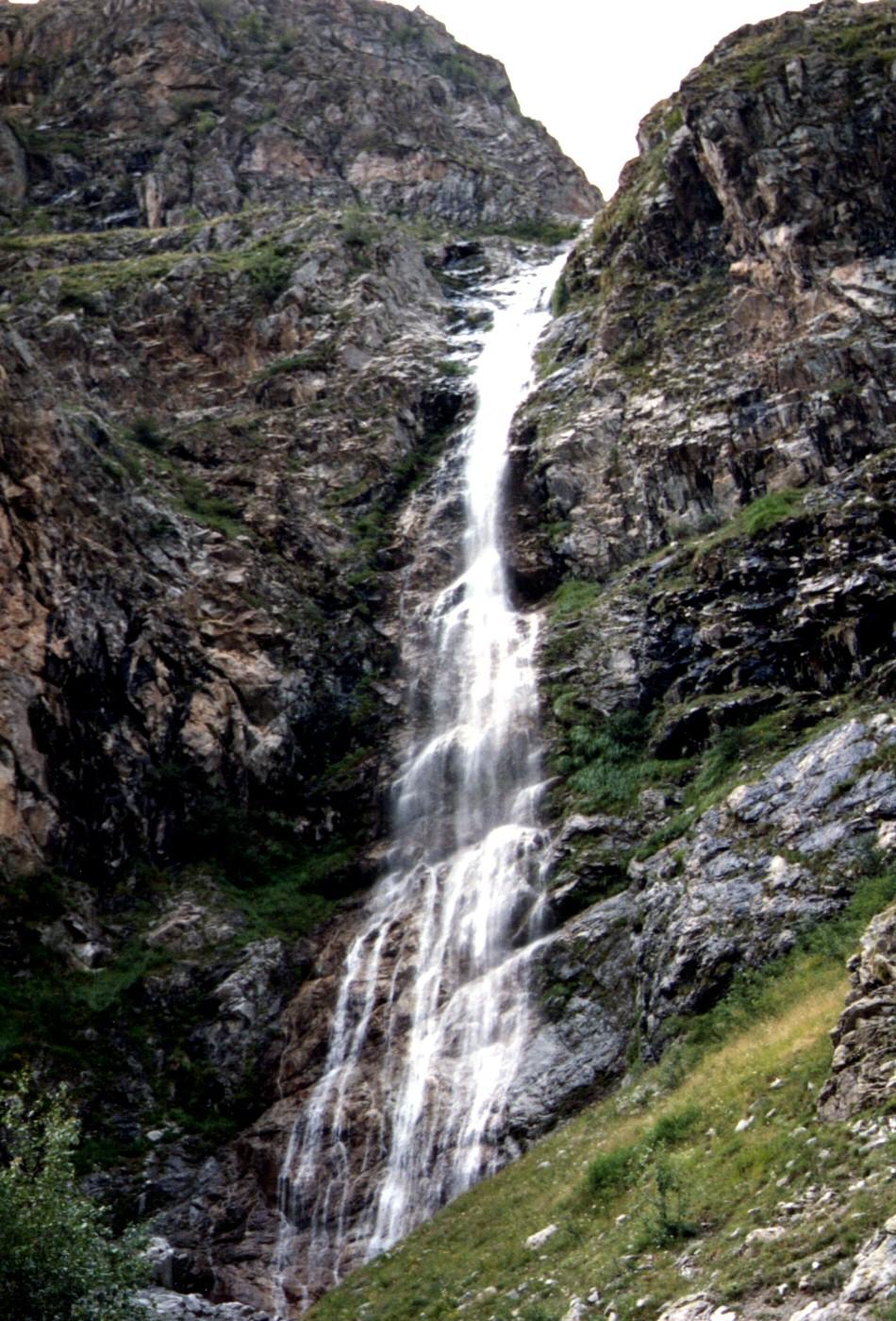 Photographie D U0026 39 Une Cascade En Montagne