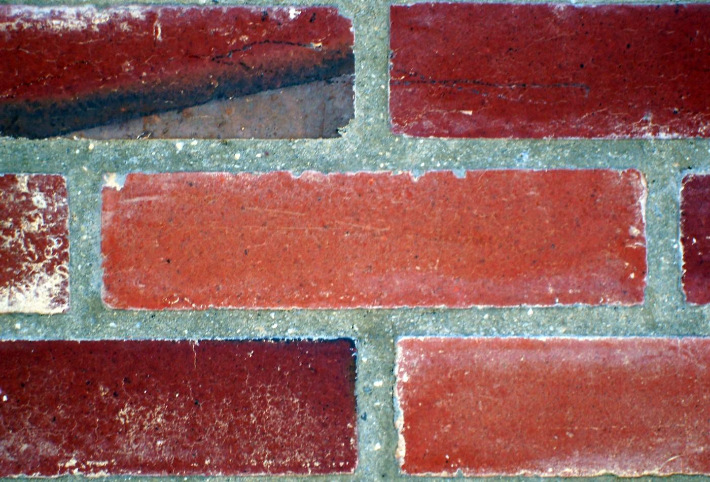 photographie de briques rouges